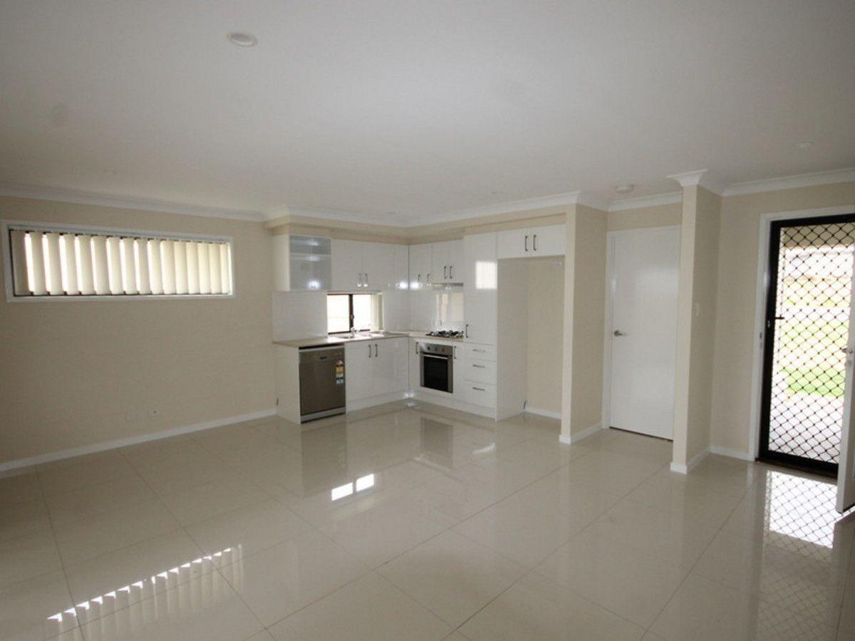 2/8 Kensei Street, Wyreema QLD 4352, Image 1