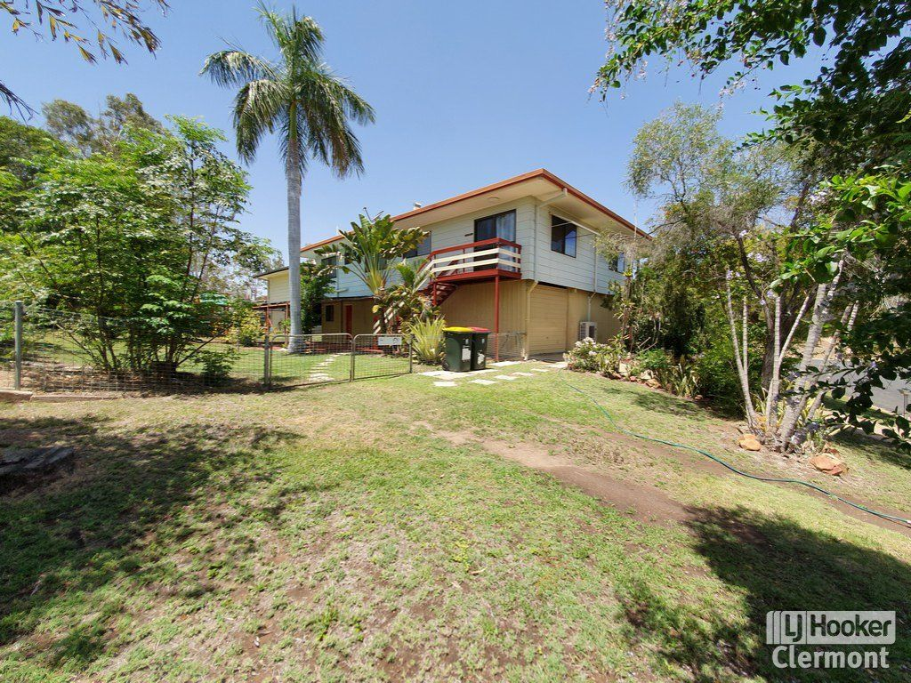 11 Risien Street, Clermont QLD 4721, Image 1