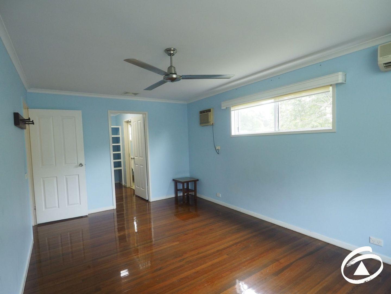 16 Minerva Avenue, Mooroobool QLD 4870, Image 2