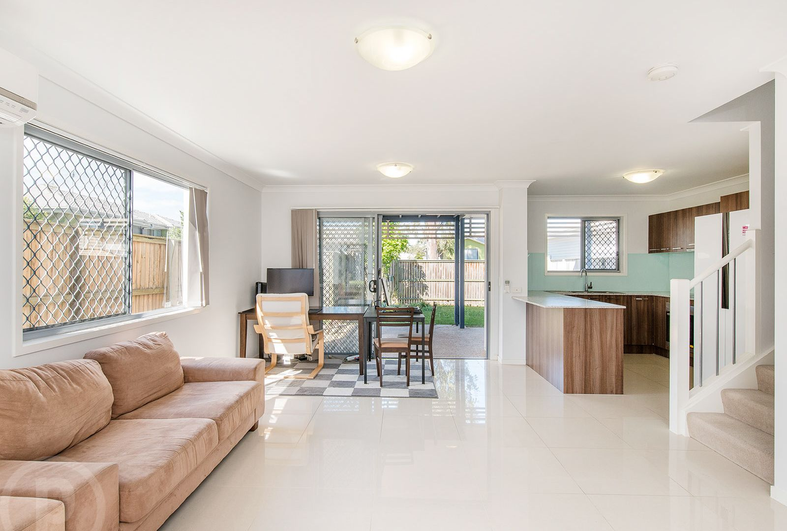 55/40 Lakefield Place, Runcorn QLD 4113, Image 2