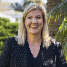 Lisa Greig, Sales representative