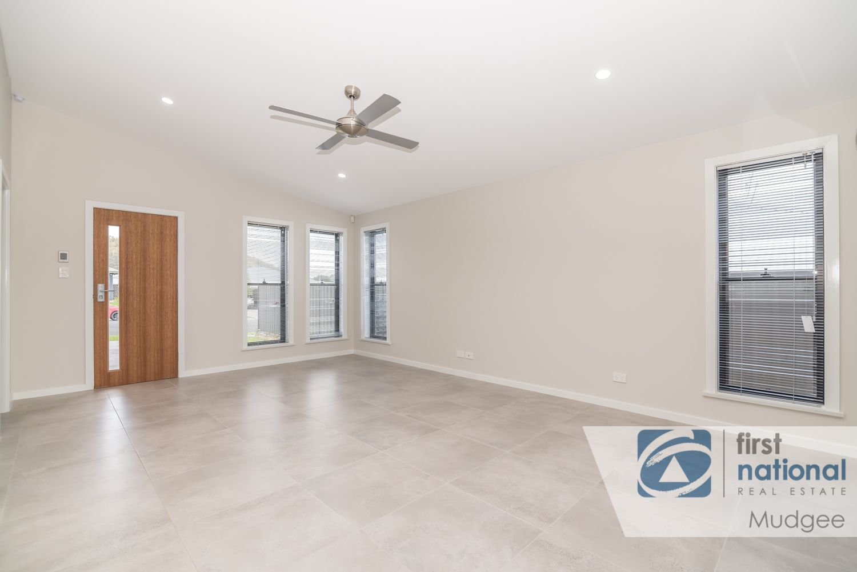 45 Melton Road, Mudgee NSW 2850, Image 2