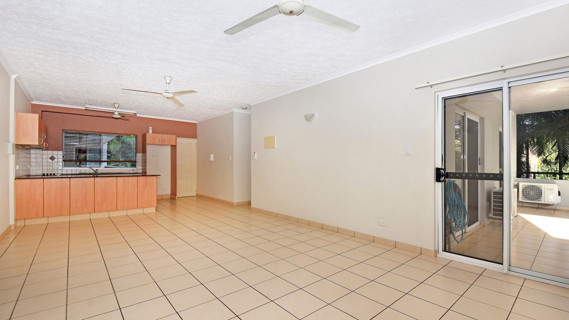 4/80 Woods Street, Darwin NT 0800, Image 2
