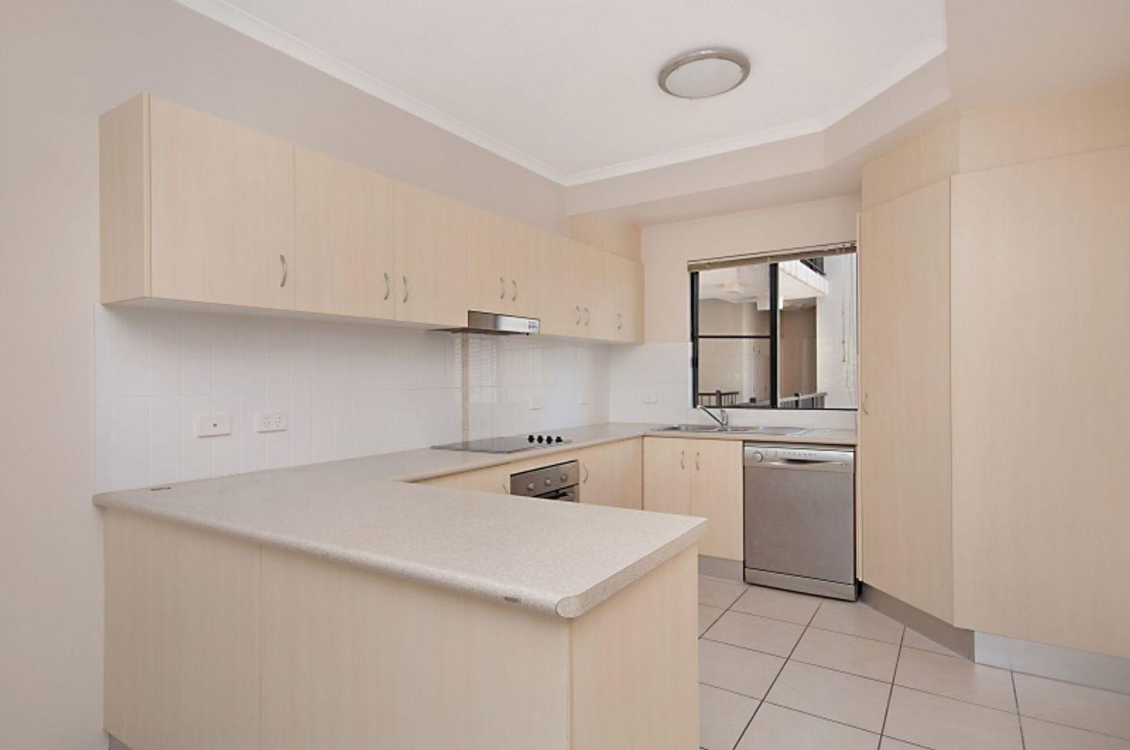 16/423-427 Draper Street, Parramatta Park QLD 4870, Image 1