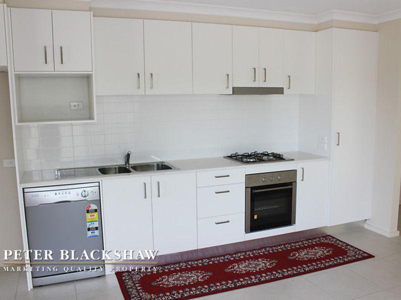 3/26 Carrington Street, Queanbeyan NSW 2620, Image 2