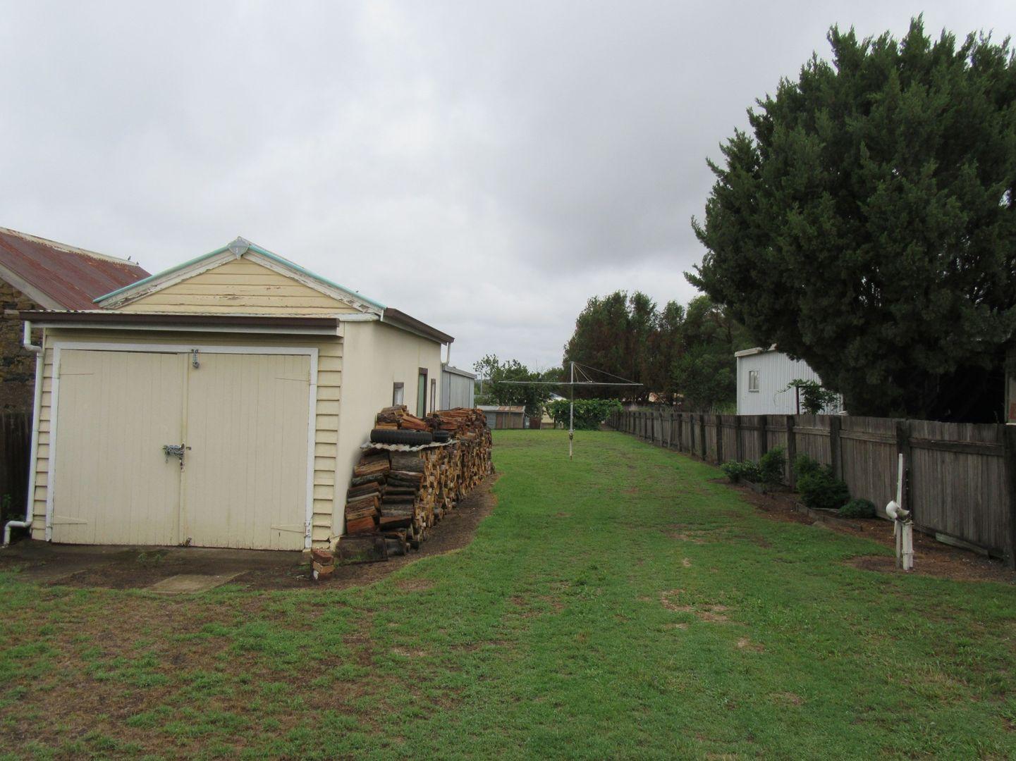 112 Ferguson Street, Glen Innes NSW 2370, Image 2