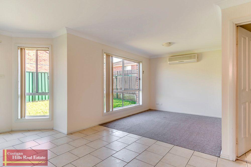 2/220 Farnham Road, Quakers Hill NSW 2763, Image 2