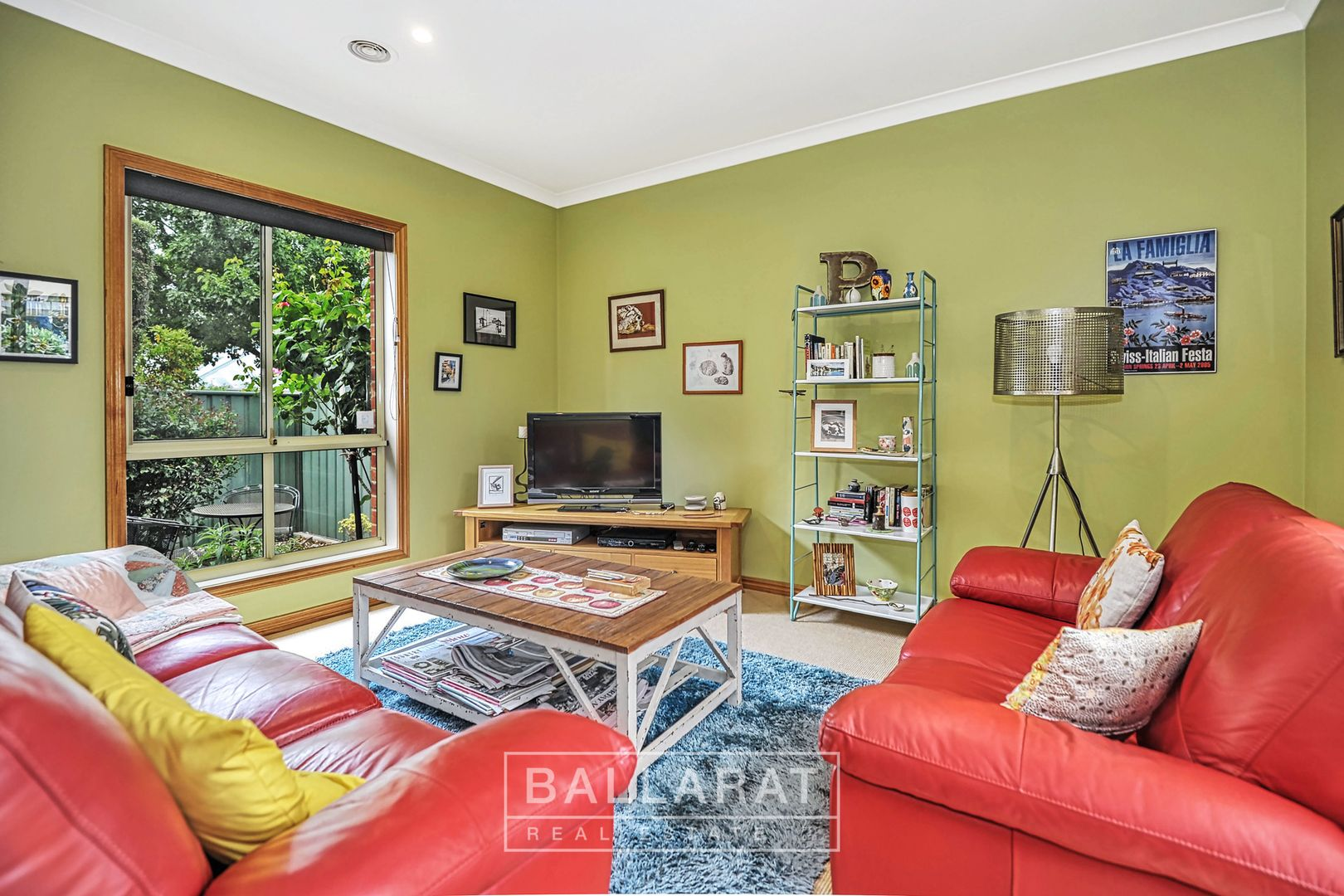 1 St Swindons Avenue, Lake Gardens VIC 3355, Image 2