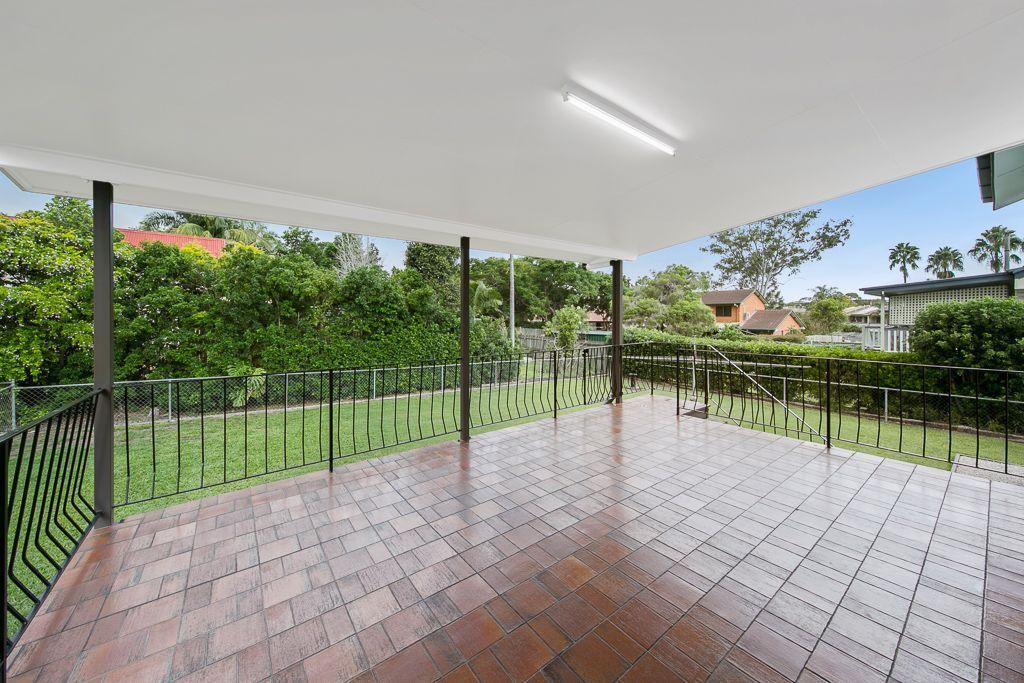 4 Nitawill Street, Everton Park QLD 4053, Image 2