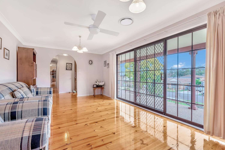 7 Clegg Place, Prairiewood NSW 2176, Image 2