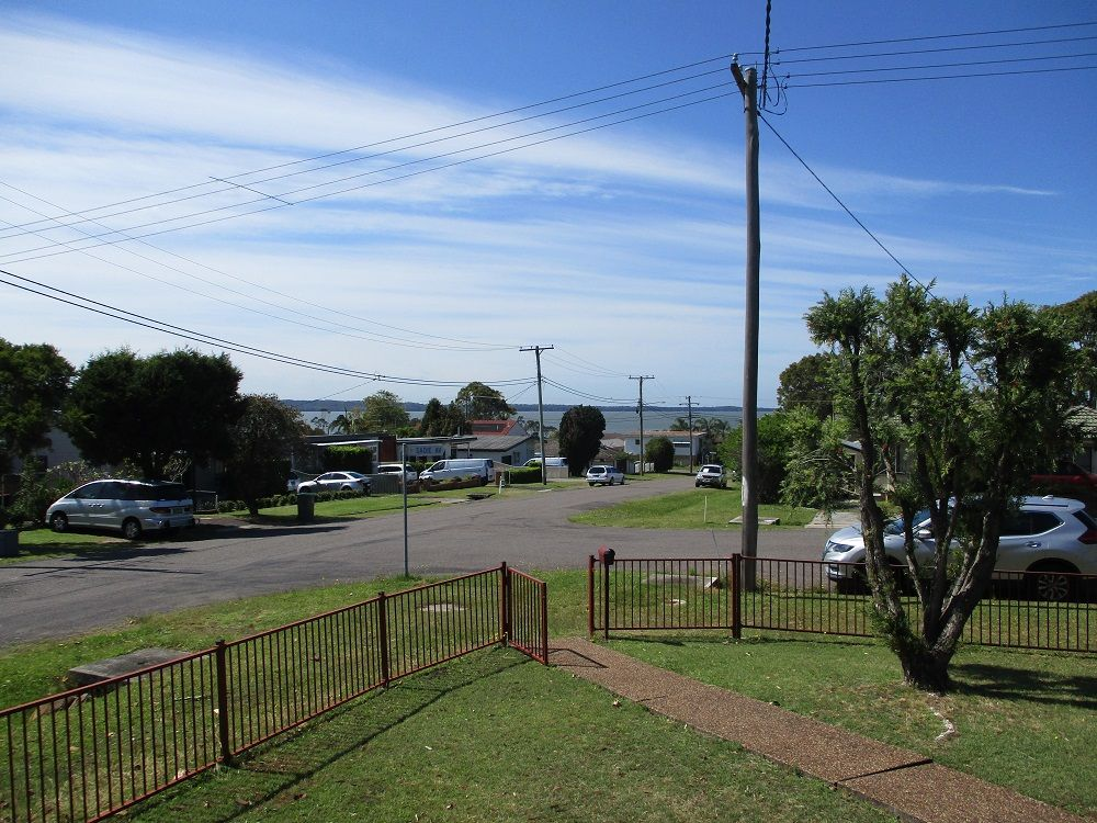 1 Sadie Ave, Gorokan NSW 2263, Image 1