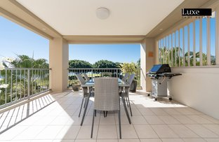 Picture of 8432 Magnolia Drive East, Hope Island QLD 4212