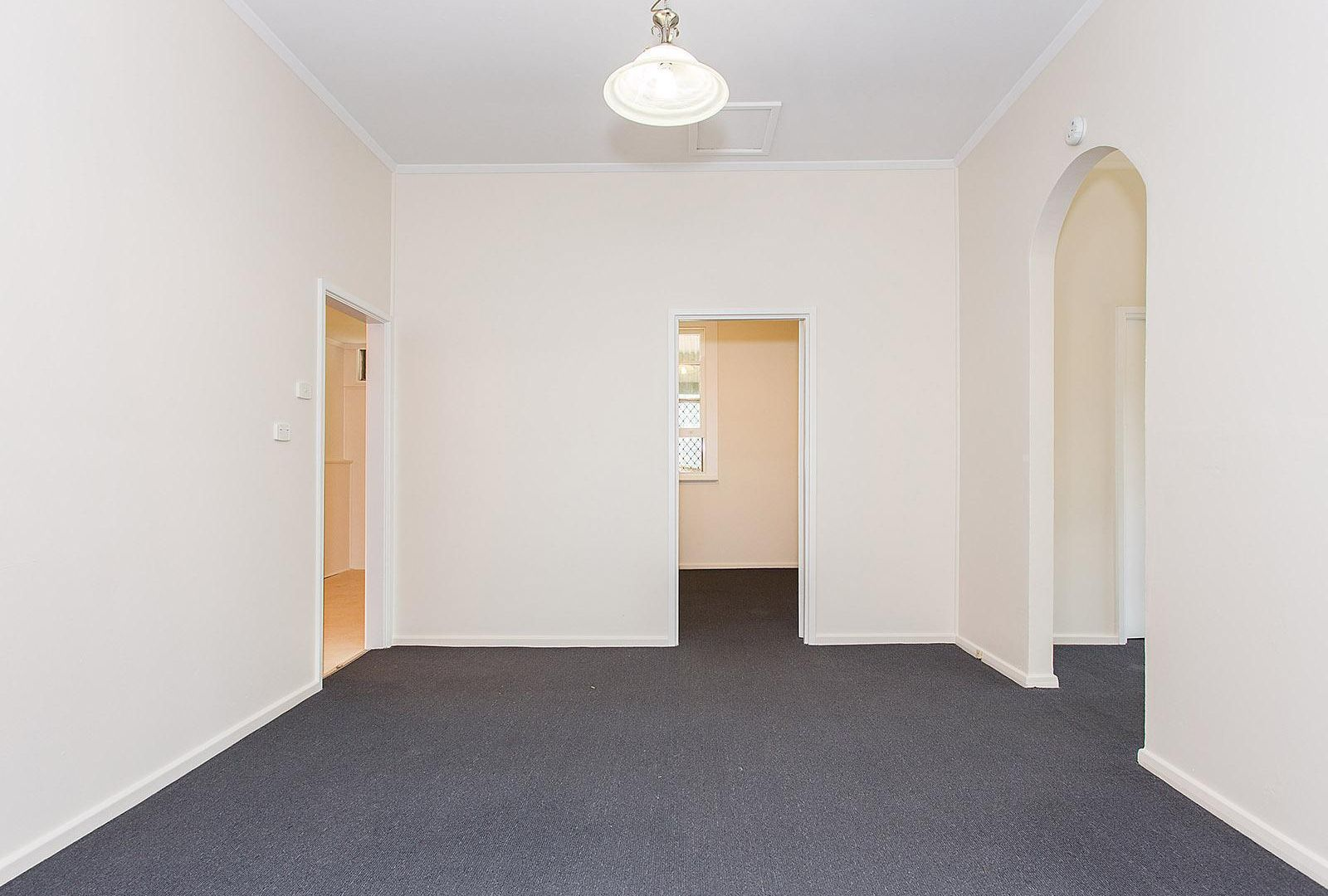 Flat 1 / 1 Henry Street, Merewether NSW 2291, Image 2