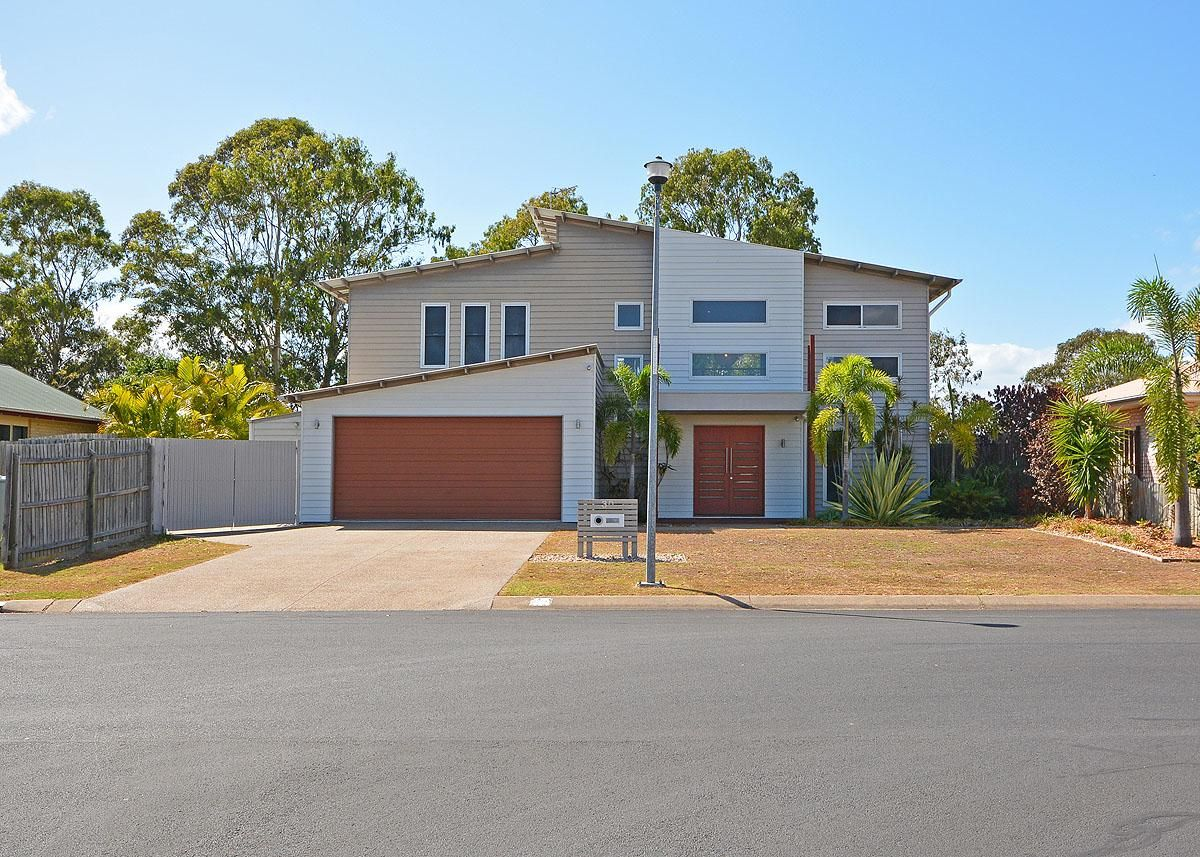 30 Foreshore Drive, Urangan QLD 4655, Image 0