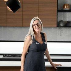 Claire Oakes, Sales representative