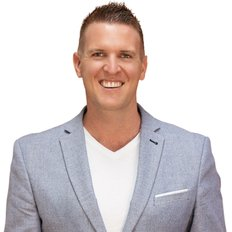 Alan Kuss, Sales representative