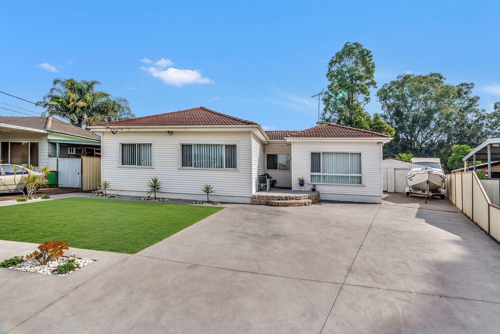 13 Braemar Street, Smithfield NSW 2164, Image 0