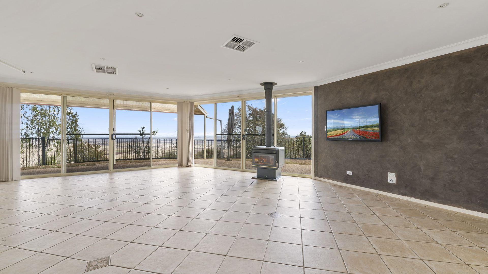 4 Mount Storey Lane, Glencoe QLD 4352, Image 2