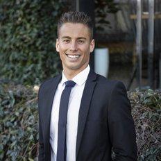 Riley Henson, Sales Associate