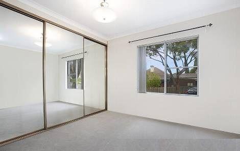 2/25 Andover Street, Carlton NSW 2218, Image 2