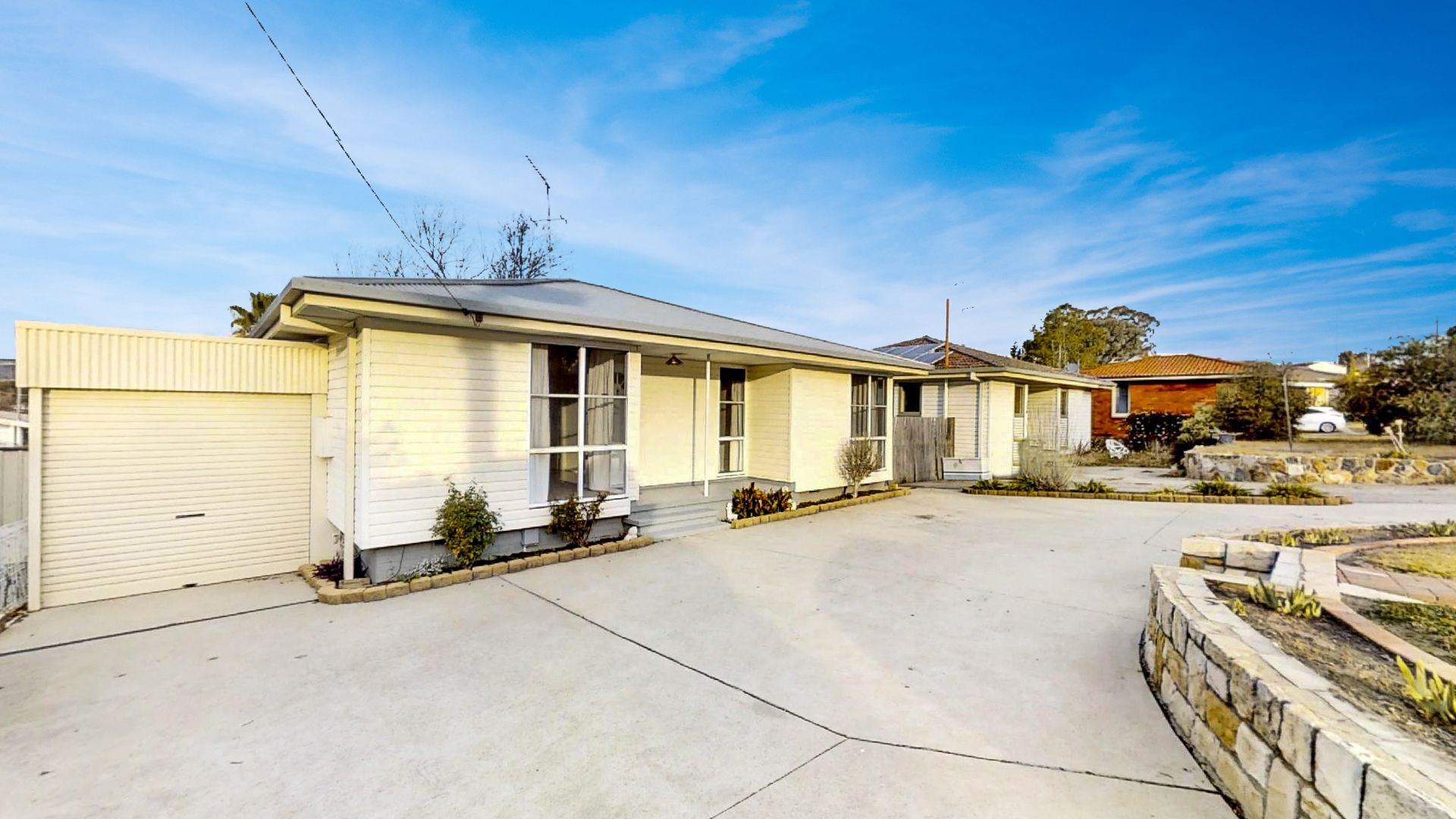 124 Donald  Road, Queanbeyan NSW 2620, Image 0