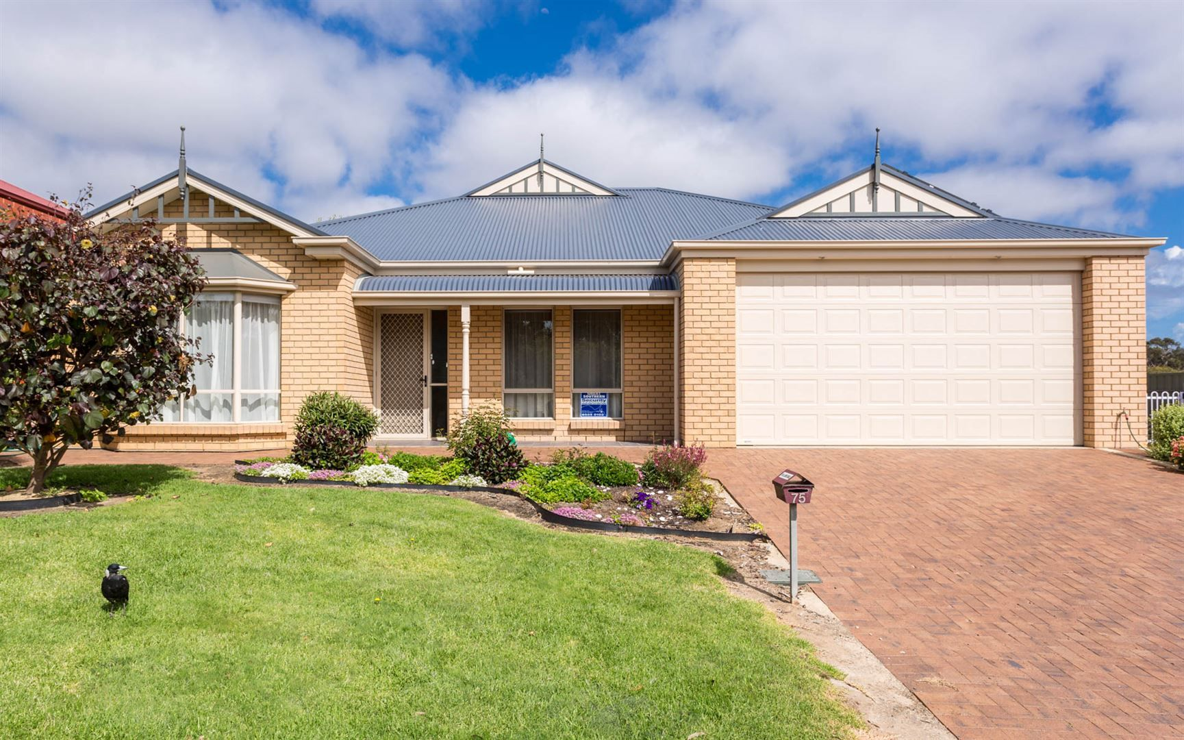 75 Canterbury Road, Victor Harbor SA 5211, Image 0
