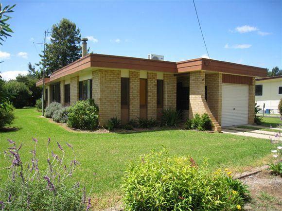 11 Herbert Street, Allora QLD 4362, Image 0