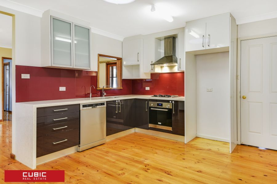 23 Madang St, Holsworthy NSW 2173, Image 2