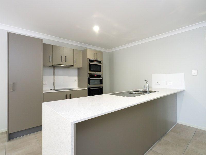 1/7 Pinelands Street, Loganlea QLD 4131, Image 1
