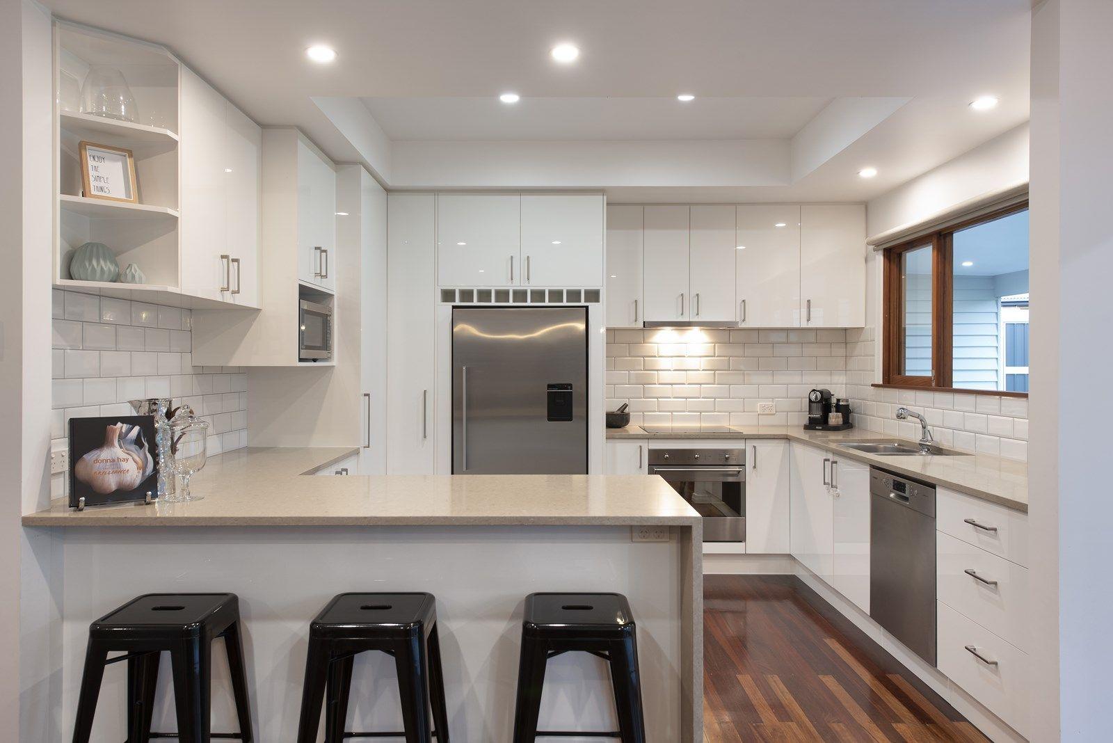 70 Chamberlain Street, Tarragindi QLD 4121, Image 2