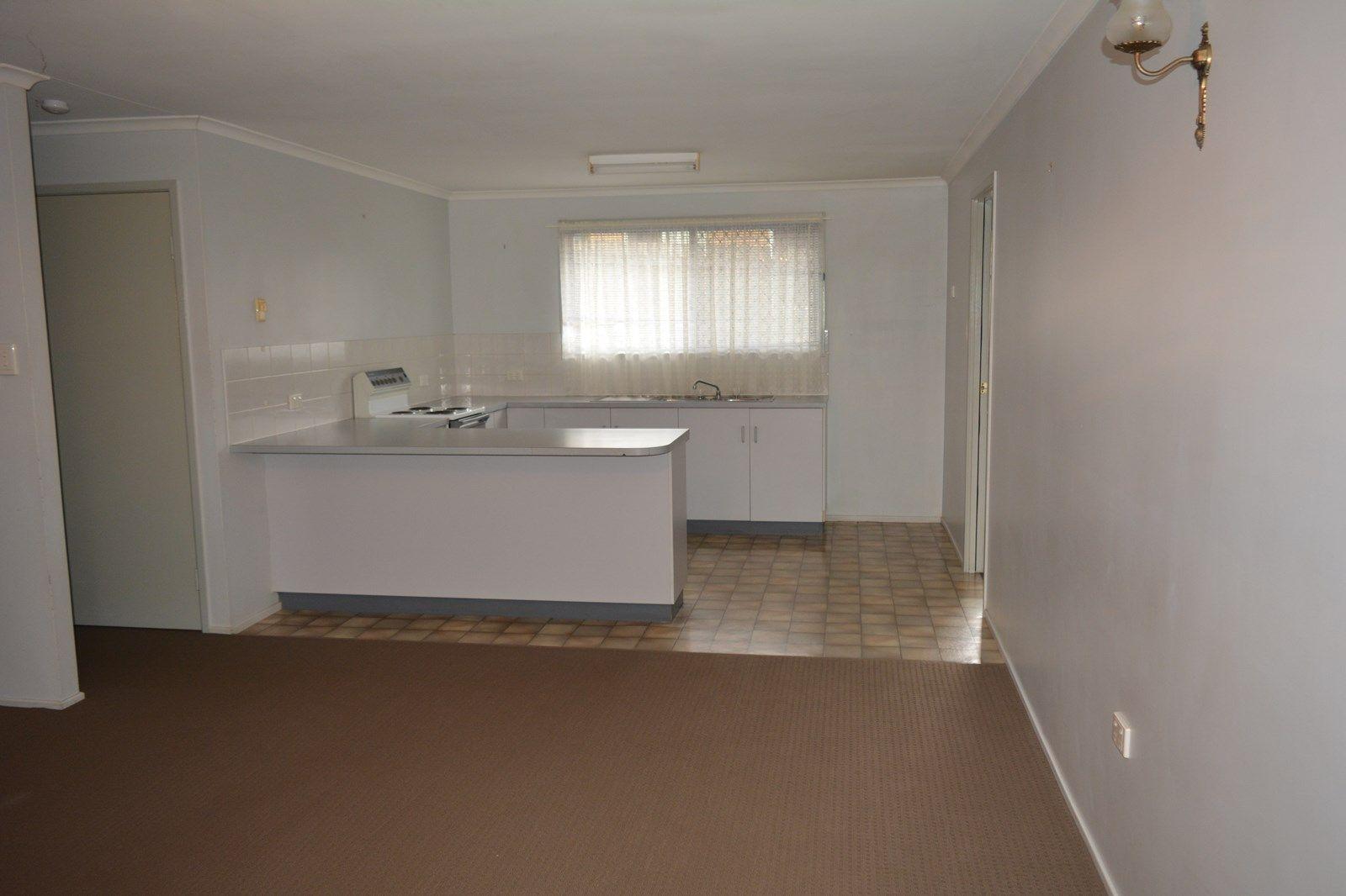 2/80 Wine Drive, Wilsonton QLD 4350, Image 1