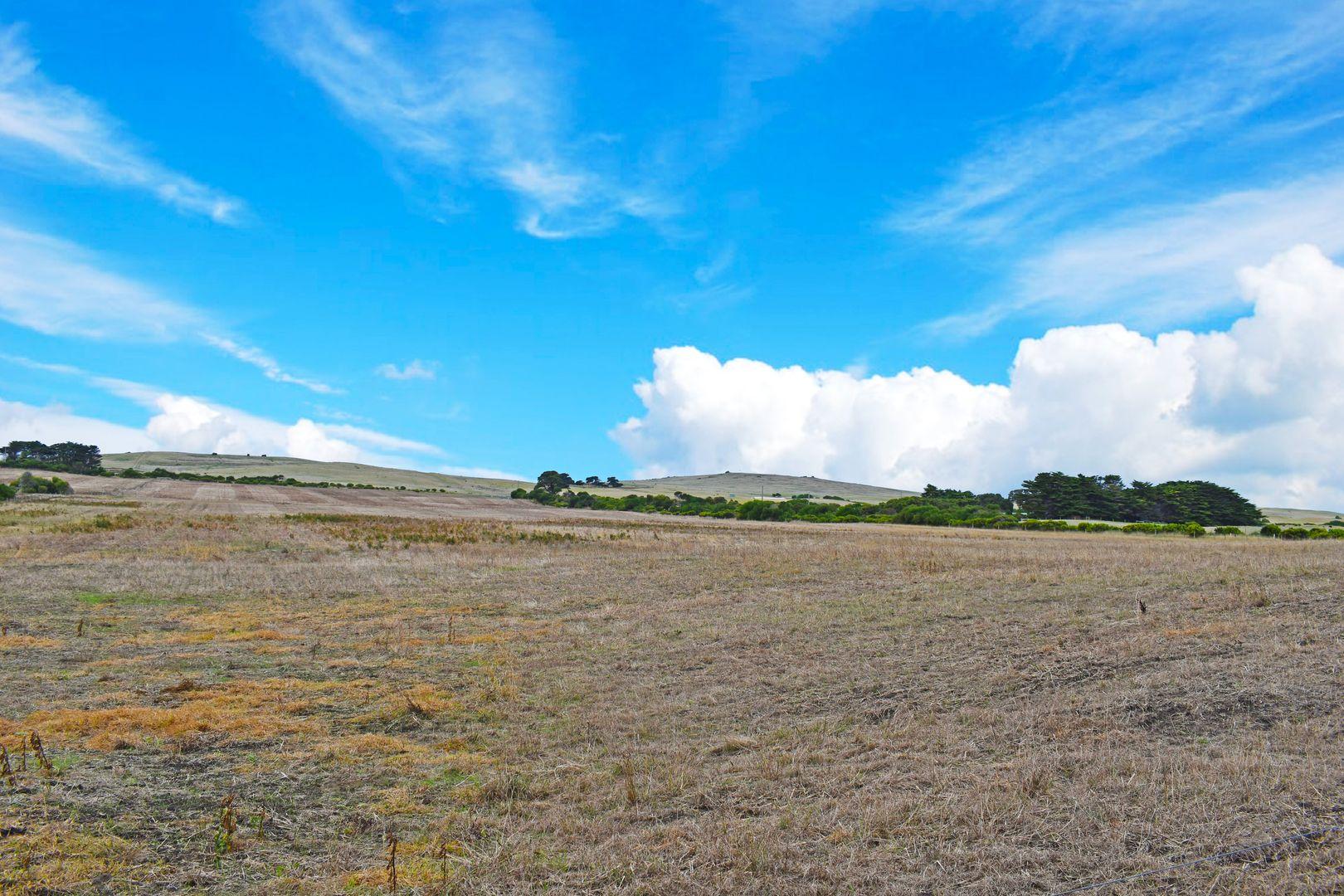 18 Blowholes Road, Cape Bridgewater VIC 3305, Image 2