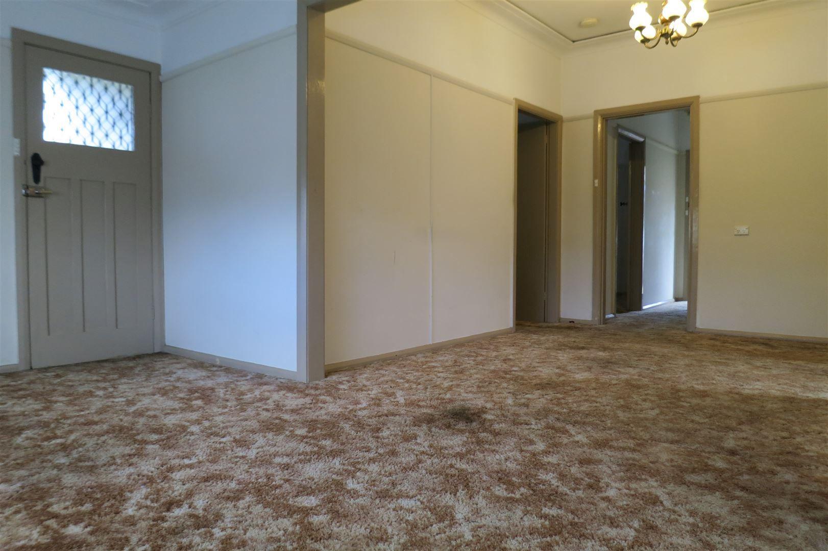 10 Gordon Street, Blacktown NSW 2148, Image 2