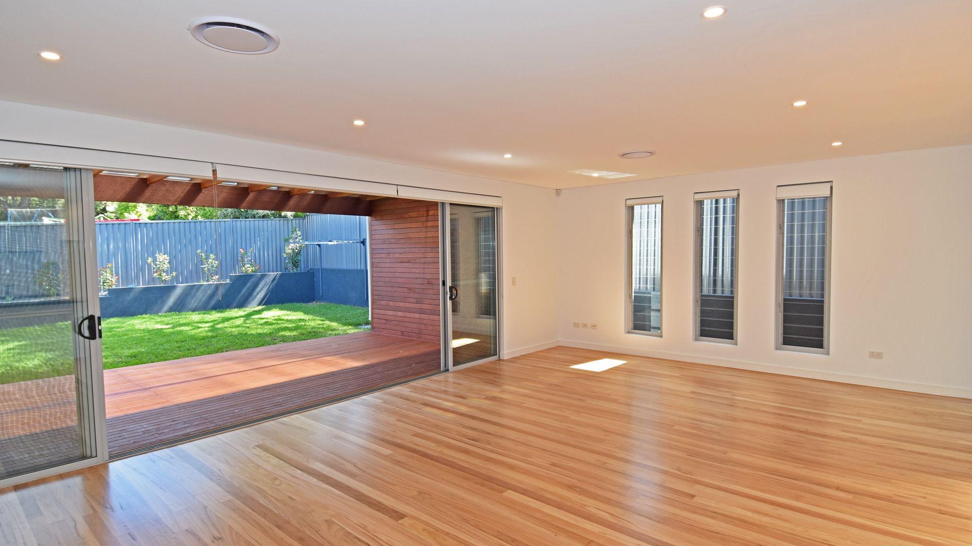 18 Mitchell Avenue, Jannali NSW 2226, Image 2