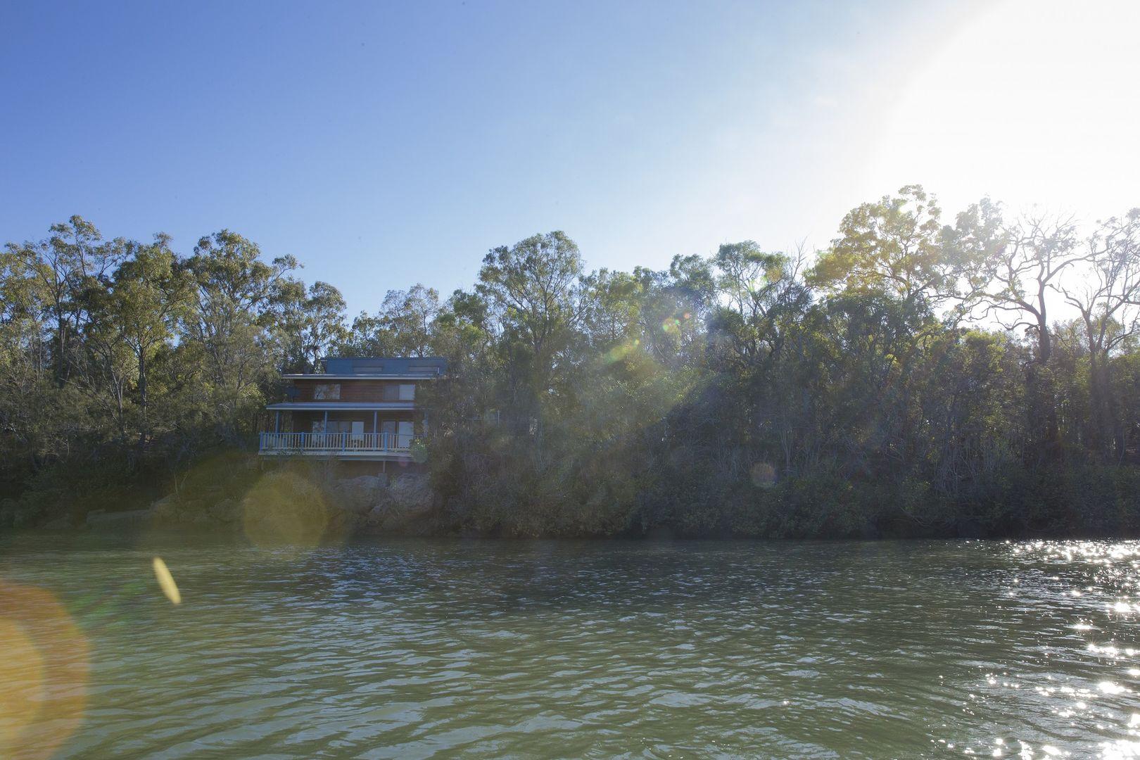 17 Jaqueline drive, Pacific Haven QLD 4659, Image 0