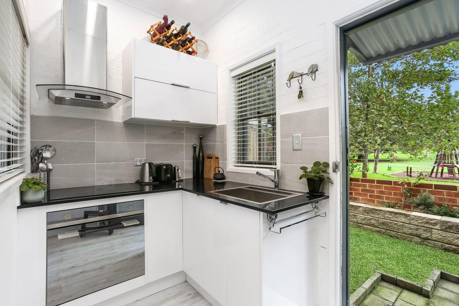 1/12A Leys Avenue, Lilyfield NSW 2040, Image 2