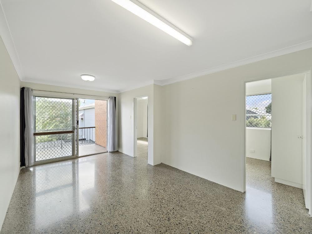 3/39 Smallman St, Bulimba QLD 4171, Image 2