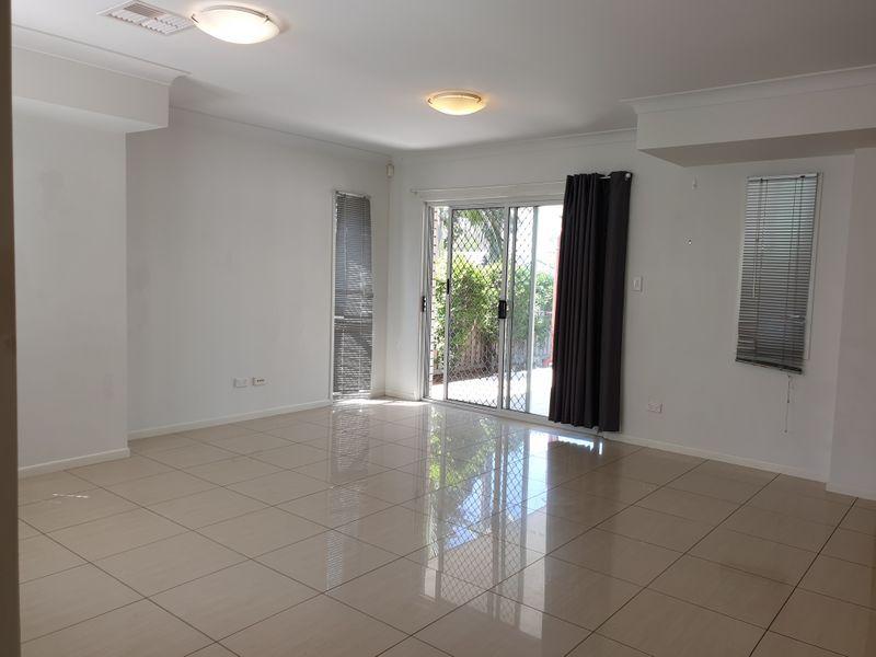6/16 Lara Street, Sunnybank QLD 4109, Image 2