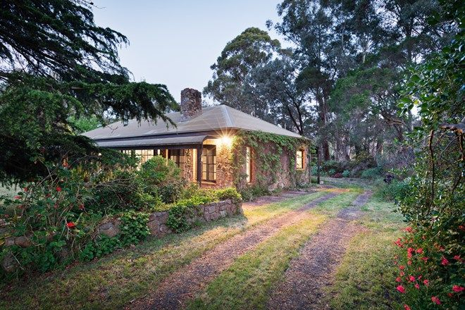Picture of 30 Lyppards Road, LANGWARRIN VIC 3910