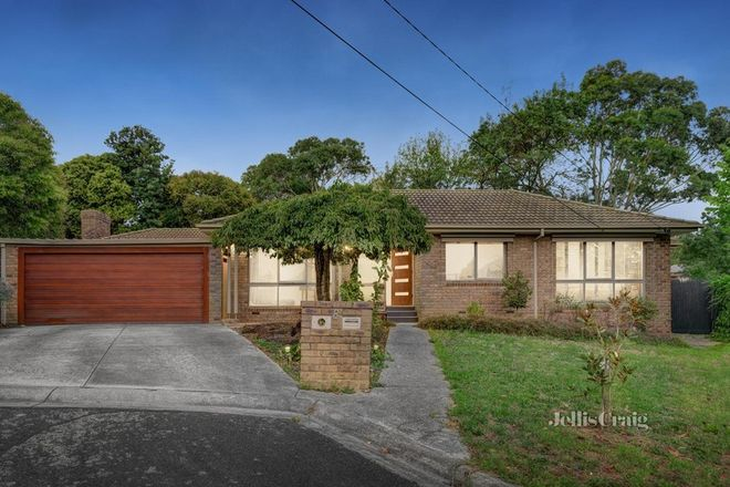 Picture of 8 Wildberry Close, CROYDON HILLS VIC 3136