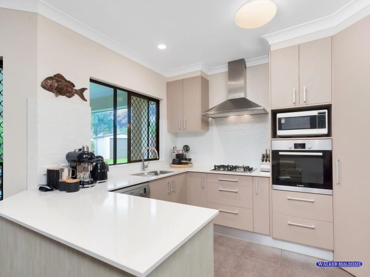 13 Pollock Close, Bentley Park QLD 4869, Image 2