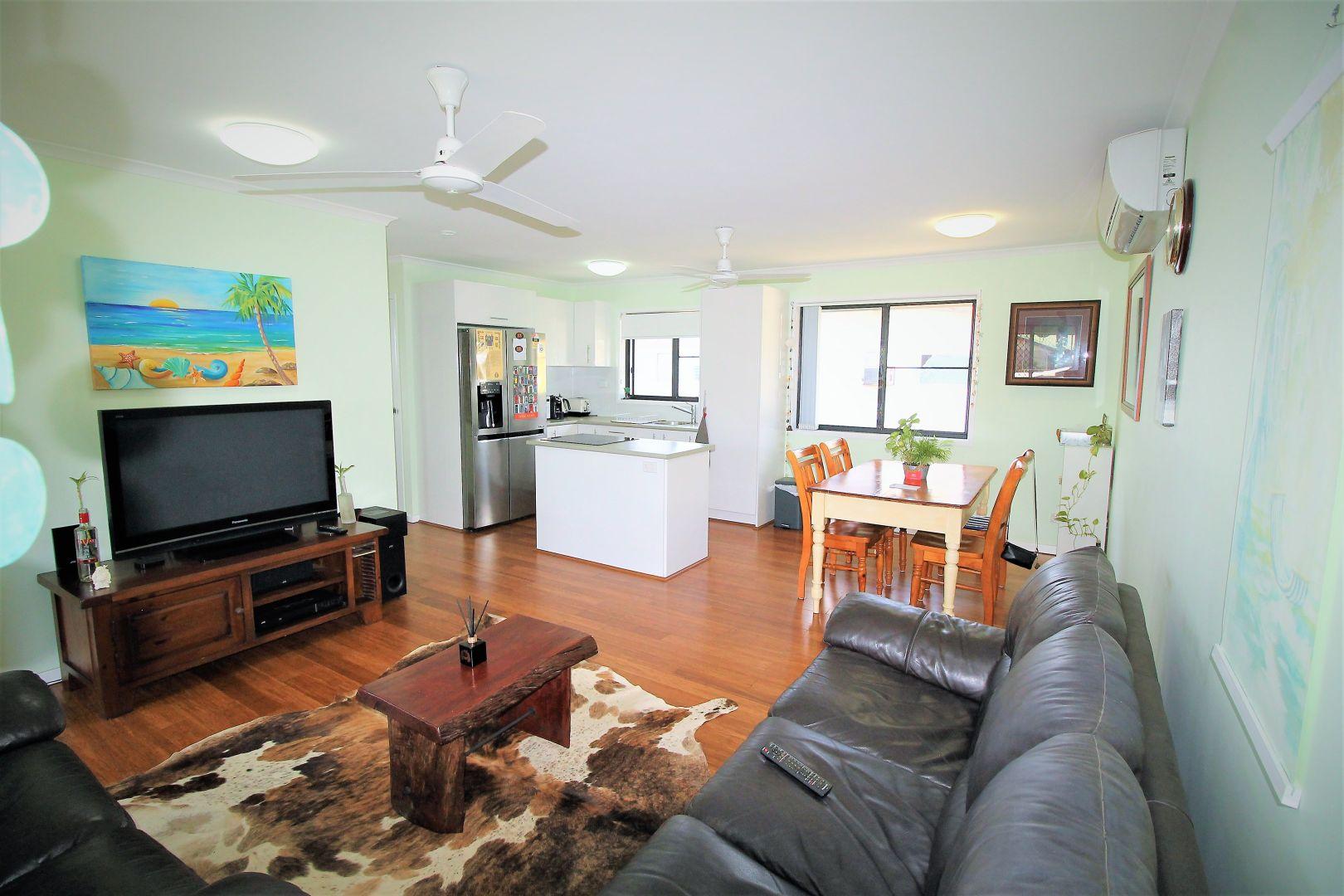 18 McCarthy Street, Hay Point QLD 4740, Image 2
