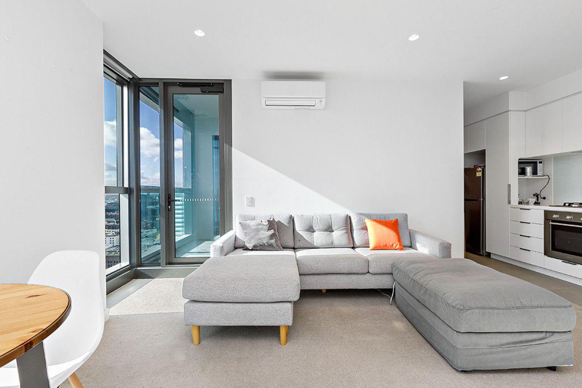 2606/285 La Trobe Street, Melbourne VIC 3000, Image 2