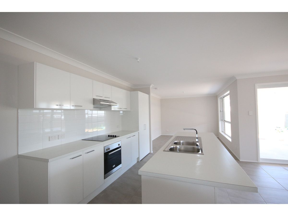 27A Kean Avenue, Sanctuary Point NSW 2540, Image 1