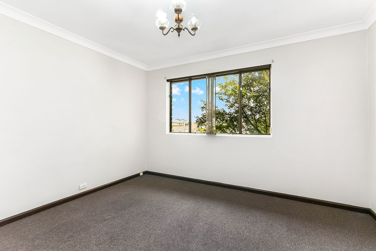 1/58 St Albans  Street, Abbotsford NSW 2046, Image 2