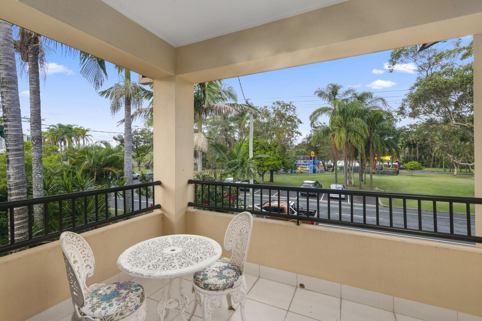 2/121 Laguna Avenue, Palm Beach QLD 4221, Image 1