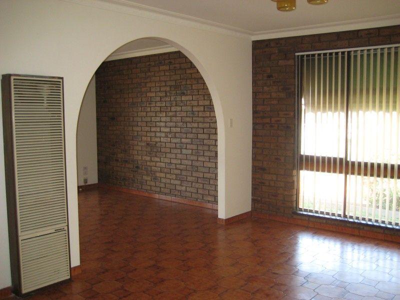 49 Severn Street, Yarraville VIC 3013, Image 2