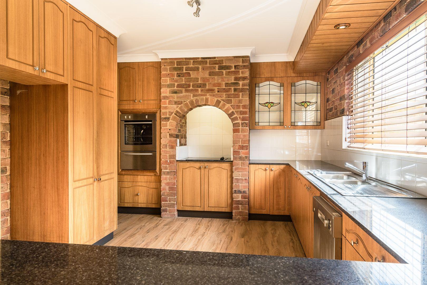 10 Erica Close, Dubbo NSW 2830, Image 2