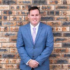 Klayten Searl, Sales representative