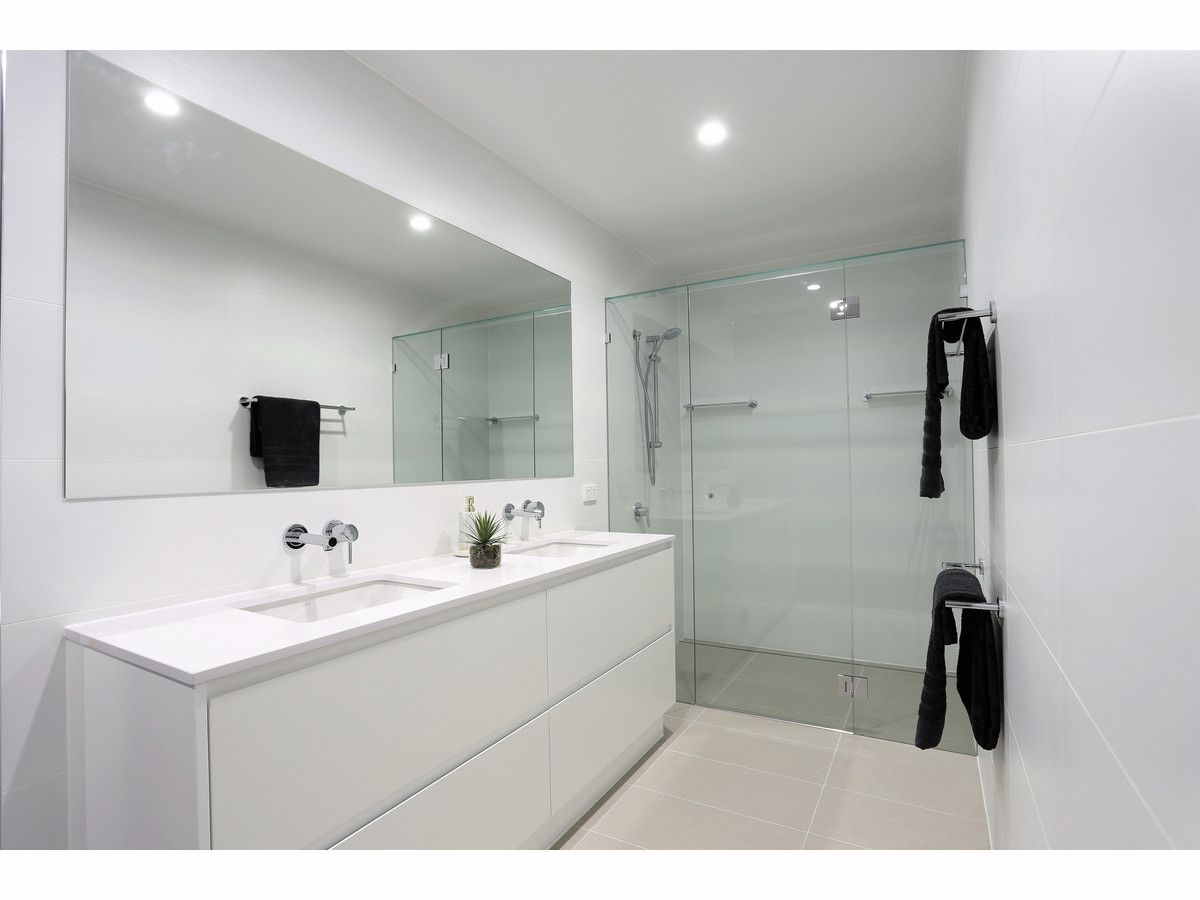 704/142 Middle Street, Cleveland QLD 4163, Image 2
